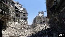 Сирійська опозиція поширює це фото як образок руйнувань у центрі міста Хомса, 27 липня 2012 року