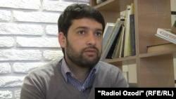 Таджикский журналист Далер Шарифов.