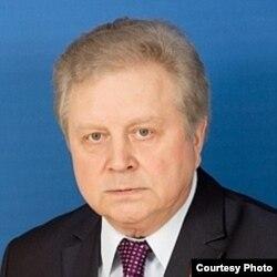 Евгений Серебренников