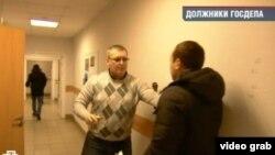 Rossiyadagi ayrim mustaqil nashrlar AQSh manfaatlariga xizmat qilayotganlikda ayblangan NTV dasturidan lavha.