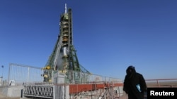 Inclement conditions at a landing site in Kazakhstan means the return of space station crew members has been postponed. (file photo)