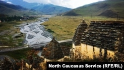 """""""Город мертвых"""" в Северной Осетии, архивное фото"""