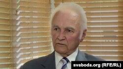 Арнольд Рюйтель