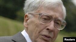 Профессор Роберт Эдвардс, 12 июля 2008