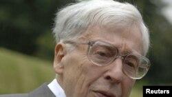 Британский ученый Роберт Эдвардс