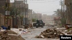 Իրաքի զինված ուժերի զրահամեքենան Ֆալուջայում, 18-ը հունիսի, 2016թ․