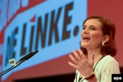 Лідер Лівої партії Катя Кіппінґ виступає на партійному з'їзді (2016 рік)