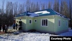 ФАП, построенный Катарской благотворительной организацией в КР в Иссык-Кульской области КР. Иллюстративное фото.