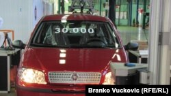 Tridesethiljaditi Fiat Punto silazi sa proizvodne trake u Kragujevcu, 22. oktobar 2010.