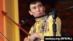 Айтыскер ақын Әлібек Серғалиев. Алматы, 11 ақпан 2012 жыл.