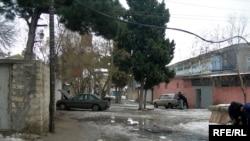 Bakı kəndlərində köhnə kanalizasiya çirkab suları yaşayış binalarının qarşısına daşıyır
