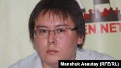 """Жанболат Мамай, главный редактор газеты """"Трибуна: Ашык алан""""."""