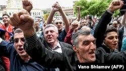 Протести у столиці Вірменії. Єреван, 27 квітня 2018 року