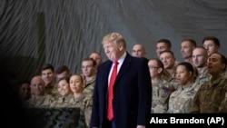 Дональд Трамп на военной базе в Баграме, Афганистан. 28 ноября 2019 г.