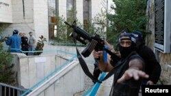 Իսրայելի ոստիկանները Երուսաղեմի սինագոգում տեղի ունեցած ահաբեկչության ժամանակ, 18-ը նոյեմբերի, 2014թ.