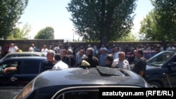 Armenia - Taxi drivers in Gyumri protest against new licensing and taxation rules enforced by the government, 22Jun2012.