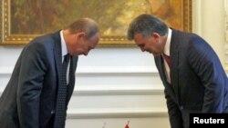 Владимир Путин (с) белән Абдулла Гүл очрашуы, Истанбул, 18 июнь 2010