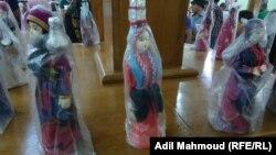 نماذج لملابس تراثية في معرض
