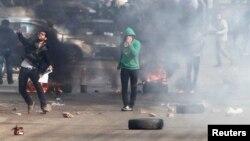 В минувшиеп дни в Каире продолжались столкновения сторонников и противников бывшего президента Мухаммеда Мурси.