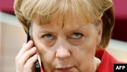 Angela Merkel. 2008-çi il. arüiý fotosu