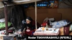 Здание, в котором был расположен приют для бездомных и матерей-одиночек, власти Аджарии снесли ровно год назад