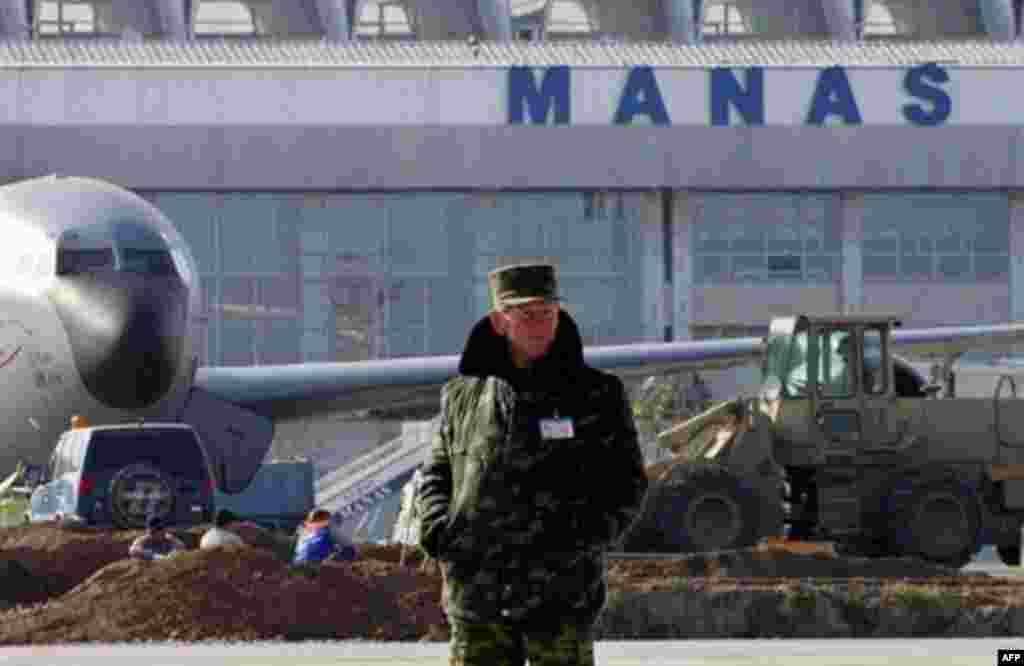 Аэропорт Манас (архивное фото)