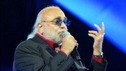 ویژه برنامه درگذشت دمیس روسس، خواننده مشهور یونانی