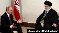 Володимир Путін на зустрічі з верховним лідером Ірану аятолою Алі Хаменеї, Тегеран, 23 листопада 2015 року