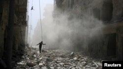 Hələb şəhəri bombardmandan sonra