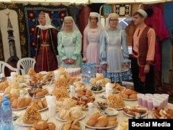 Татар халык ашларын тәкъдим итүчеләр