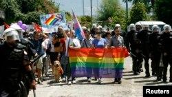 Гей-парад у Будві: поліції більше, ніж геїв. 24 липня 2013 року