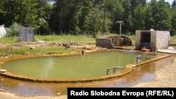 Дива бања Стрновац во близина на Куманово.