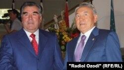 Президент Таджикистана Эмомали Рахмон и президент Казахстана Нурсултан Назарбаев.