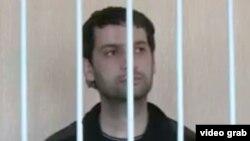 Далер Шарифов во время заседания суда района Шохмансур