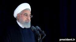 حسن روحانی مدعی است که تصمیمات آمریکا در مورد برجام، تغییر در زندگی ایرانیان ایجاد نخواهد کرد.