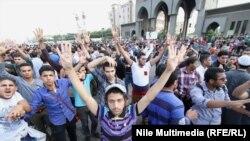 محتجون موالون لجماعة الأخوان المسلمين