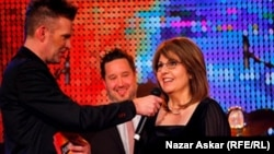 الناشطة العراقية ميسون مراد تتقلد الجائزة السويدية