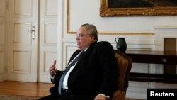 Архивска фотографија-министерот за надворешни работи на Грција Никос Коѕијас