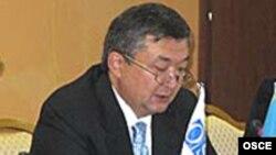Бауыржан Мұхамеджанов ішкі істер министрі кезінде. 24 маусым 2008 жыл