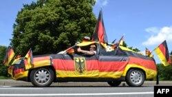Германи -- Германин футболан тобанна гIортор еш волу Крист Мануэл, Залцгиттерехь шен леррина кечъйинчу машенахь воьдуш ву, 28Ман2012