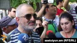 Armenia -- A member of the Founding Parliament movement, Alek Enigomshian, speaks to journalists in Yerevan, 19Jul2016