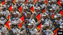 Пока Иран и его армия не намерены сотрудничать с США в борьбе с исламистами