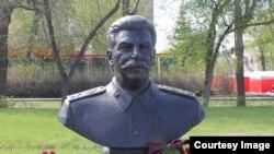 Бюст Сталина уже отлит