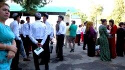 Aşgabat: Studentler tomus kanikulynda çärelere çekiler