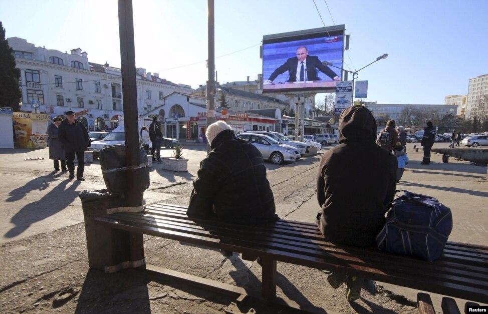 Пресс-конференция Путина не заинтересовала жителей Керчи - Цензор.НЕТ 3444