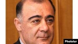 Самвел Баласанян