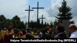 Молитва у селі Павлівка на польському цвинтарі, 6 липня 2013 року
