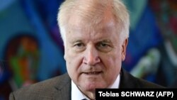 Германия сыртқы істер министрі Хорст Зеехофер.