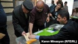Выборы в Армении (архивная фотография)
