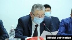 Заместитель министра здравоохранения Нурболот Усенбаев.